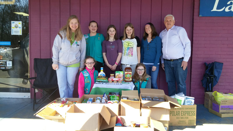 BFL-Girl-Scout-food-drive-bowling-2016